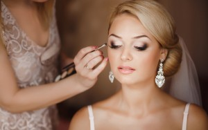 How to Choose a Makeup Artist for Your Big Day