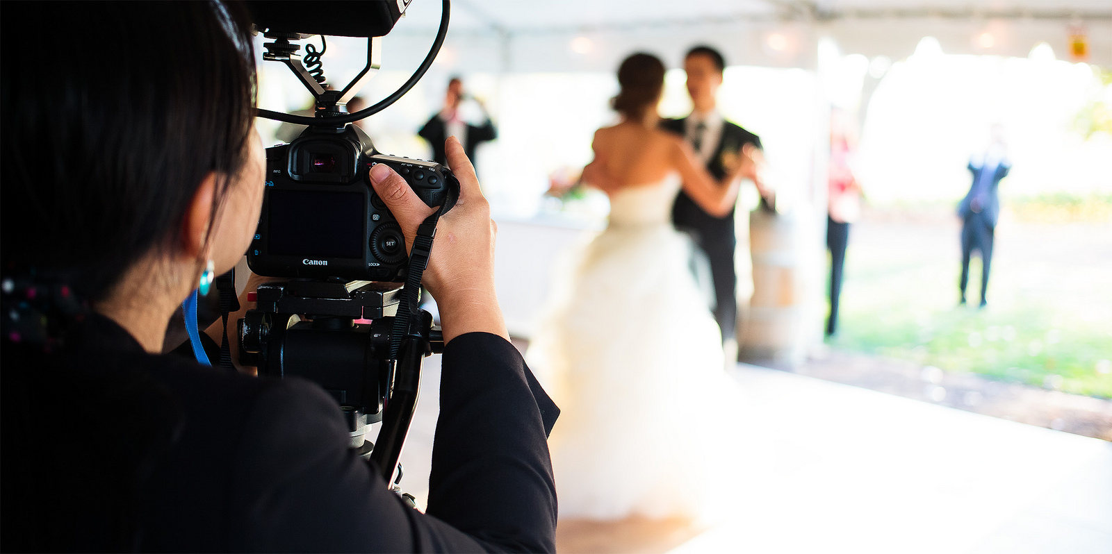 videographer for your wedding